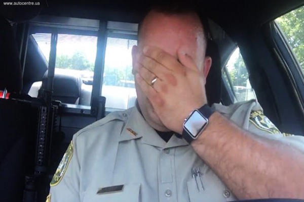 Полицейскому стало плохо через несколько минут
