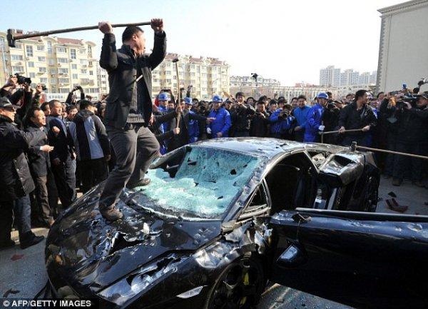 Публичная казнь Lamborghini Gallardo