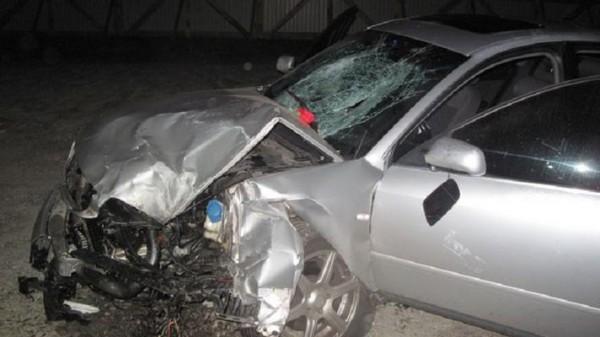Водитель превысил скорость или поздно заметил поворот