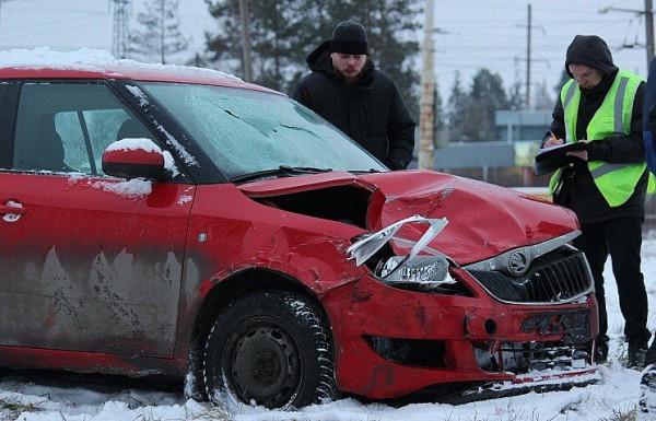 Автомобиль серьезно разбит