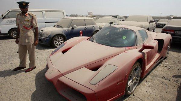 «Несчастный» Ferrari Enzo простоял под открытым небом 20 месяцев