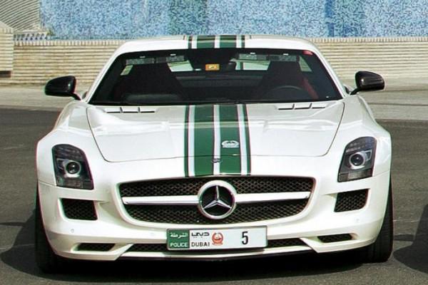 4. Mercedes SLS AMG