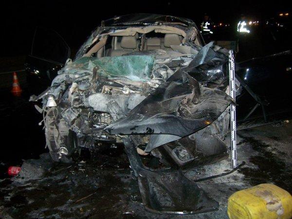 Toyota Мельника врезалась в Камаз