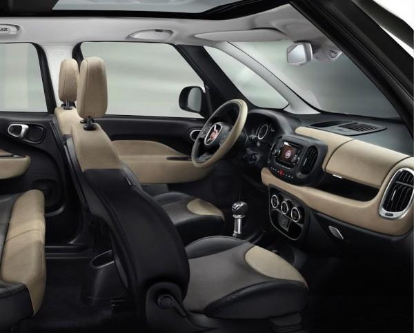 Fiat 500L Living имеет три ряда сидений