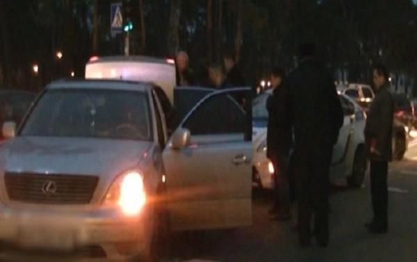 Водитель сбил полицейского