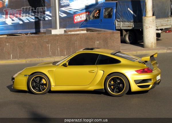 Porsche сына Черновецкого