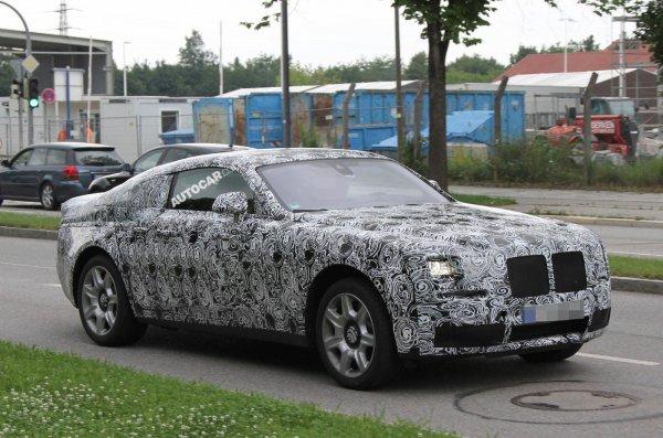 Новый двухдверный Rolls-Royce Ghost на тестах