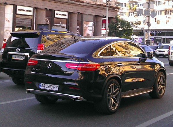 Mercedes GLE в Киеве