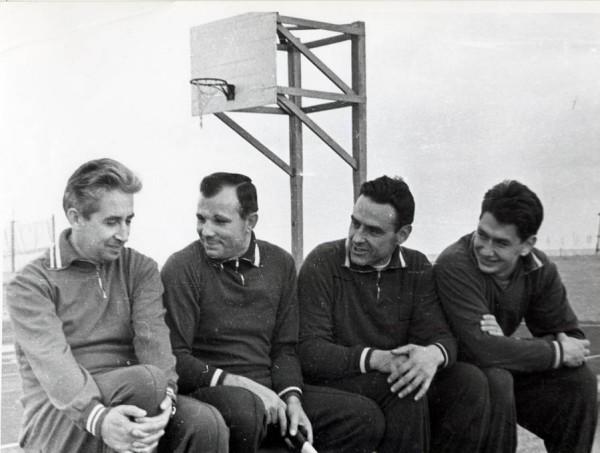 Экипаж космического корабля «Восход-1» с Гагариным.