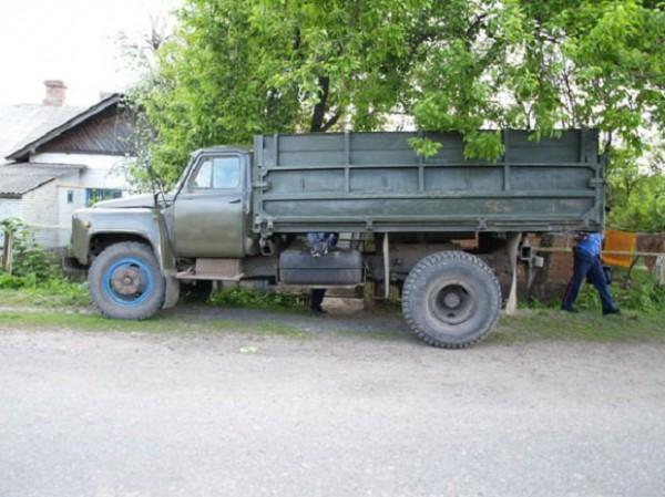 Этот грузовик стал причиной смерти ребенка