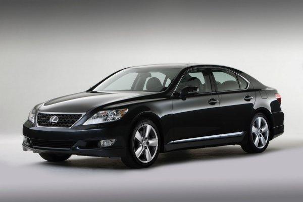 Последняя «обновка Lexus LS – спецверсия 460 Touring Edition