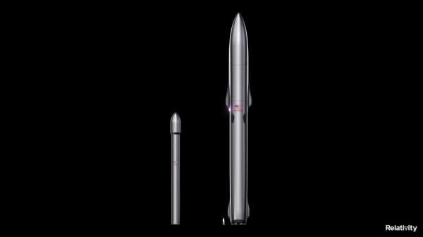 Художественная иллюстрация ракет Terran 1 (слева) и Terran R от Relativity Space с изображением человека в масштабе.