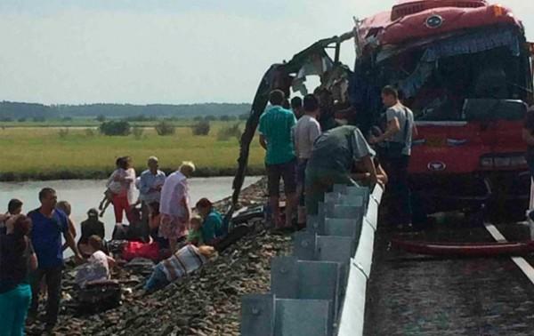 Место смертельной аварии в России