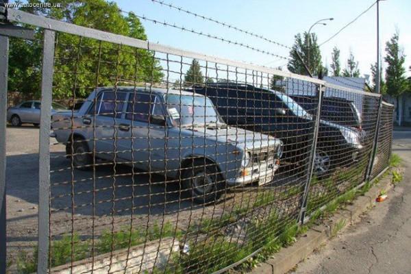 Эвакуация задержанной машины обойдется минимум в 600 грн