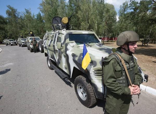 Машины показали военным и главнокомандующему