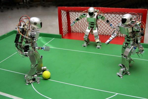 Роботы не только в футбол играют, но и статьи пишут