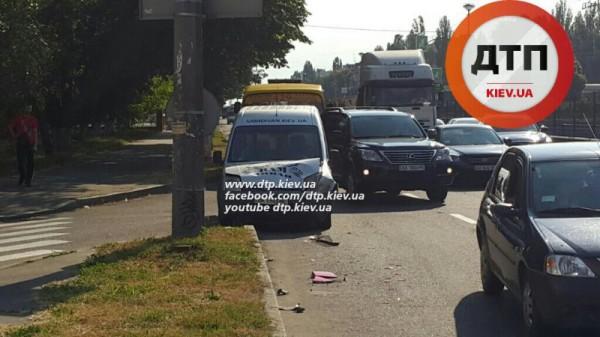Авария на Борщаговке в Киеве