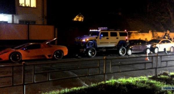 Пострадали четыре машины