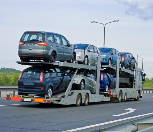 Импортеры перестали завозить машины с большими моторами