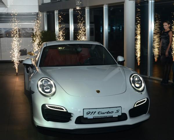 В Днепропетровске представили новый Porsche Turbo S