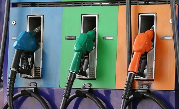 Цены на бензин вновь растут