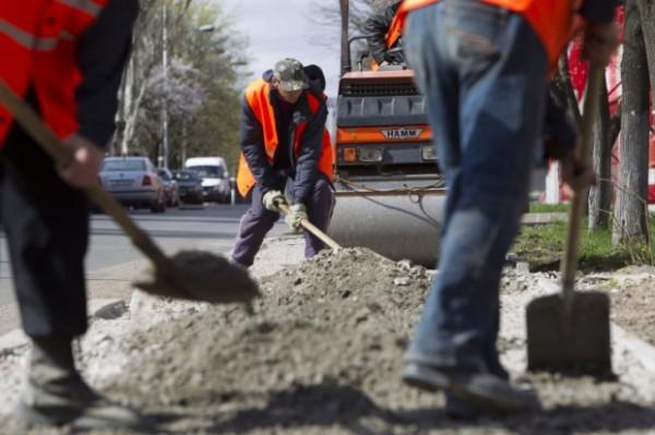 На Западе Украины отремонтируют дороги