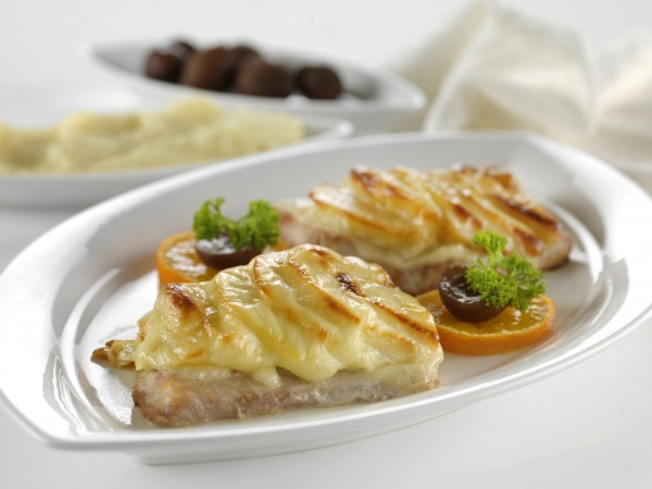 Рецепт                  Рыба с яблоками под сыром