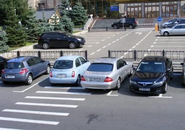 Как паркуются в россии - 2