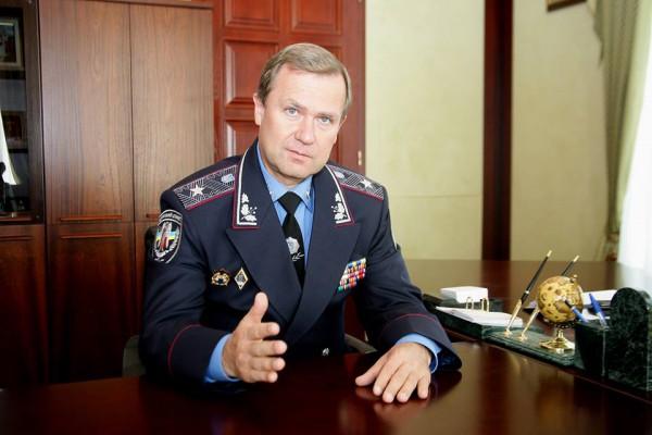 Сиренко рассказал о регистрации авто