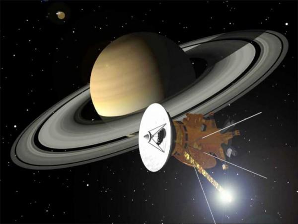 Зонд Кассини находится в 1,5 млн км от Сатурна