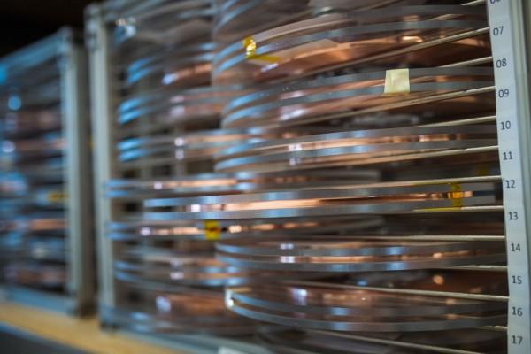 Катушки из коммерчески доступного сверхпроводящего материала были использованы в качестве основы для рекордного магнита