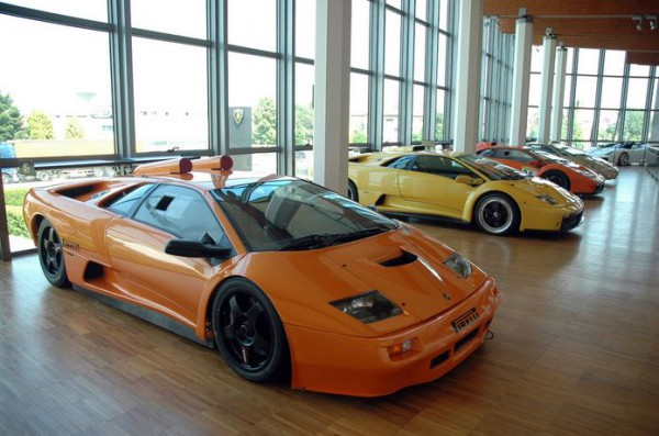 В музее Lamborghini теперь можно прогуляться виртуально