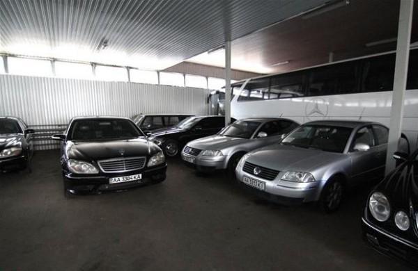 На аукцион по продаже автопарка Кабмина зарегистрировался только один человек