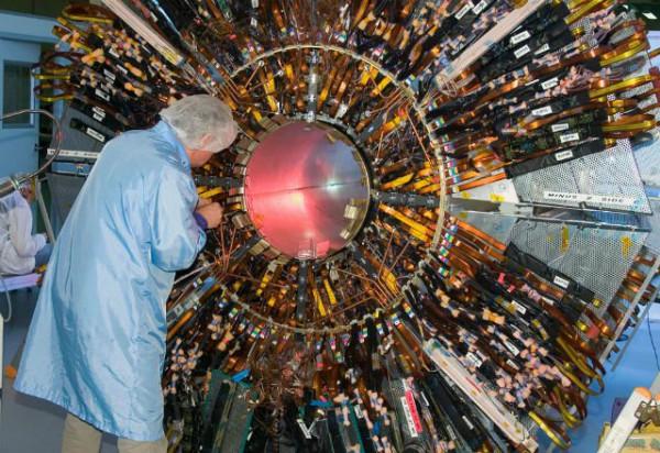 Эксперименты с бозоном Хиггса