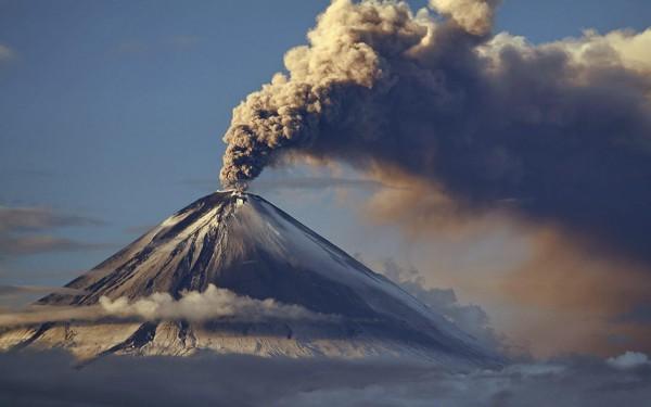 Хрустальные сферы нашли в следах выброса пепла