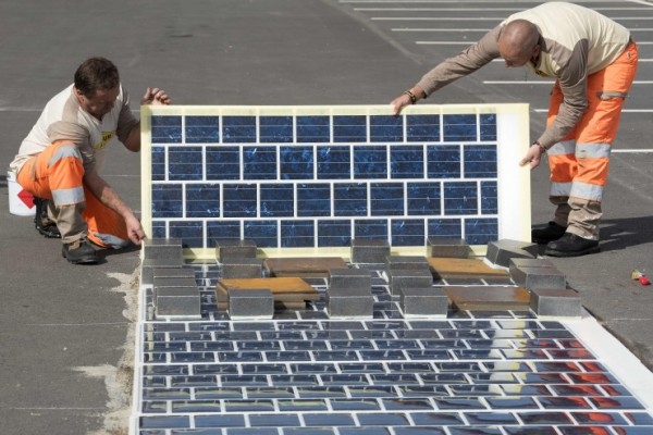На дороги уложат солнечные батареи
