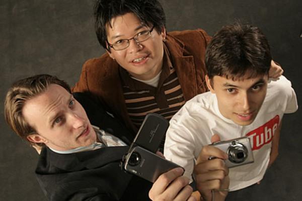 Основатели YouTube: Чад Херли, Стив Чен и Джавед Карим. Все они раньше работали в PayPal.