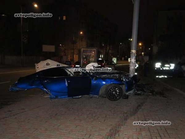 ДТП с Maserati на Грушевского