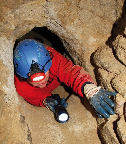 В некоторых частях туннели очень узкие