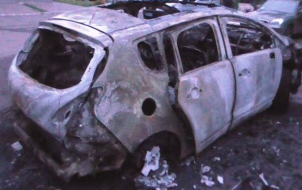От пожара пострадали сразу пять авто