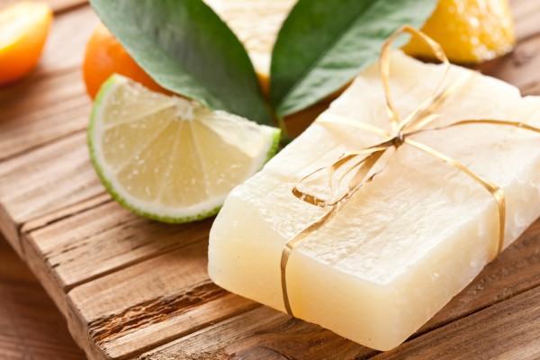 Какое мыло для кожи полезнее