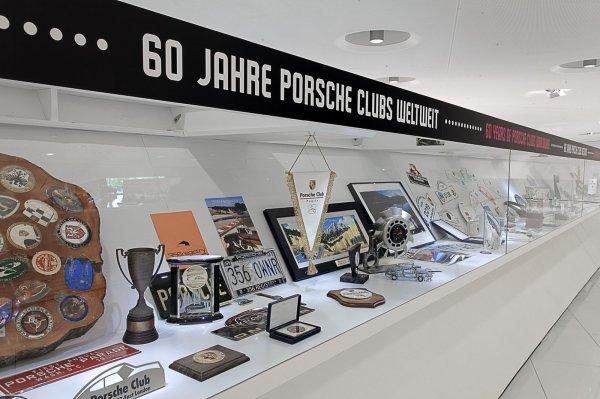 Выставка в честь 60-летия клуба Porsche