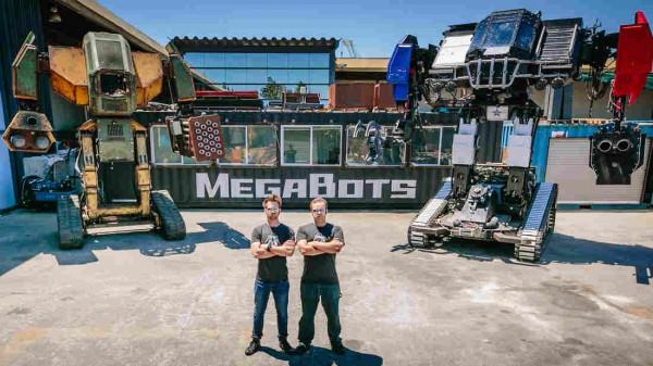 Битва роботов прошла на заброшенном заводе