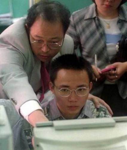 За компьютером — создатель вируса CIH
