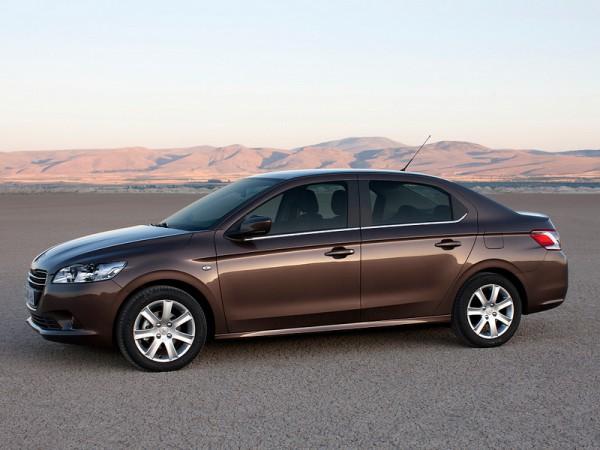 Комплект резины для Peugeot 301 обошелся 1000 грн дороже, чем для Форда