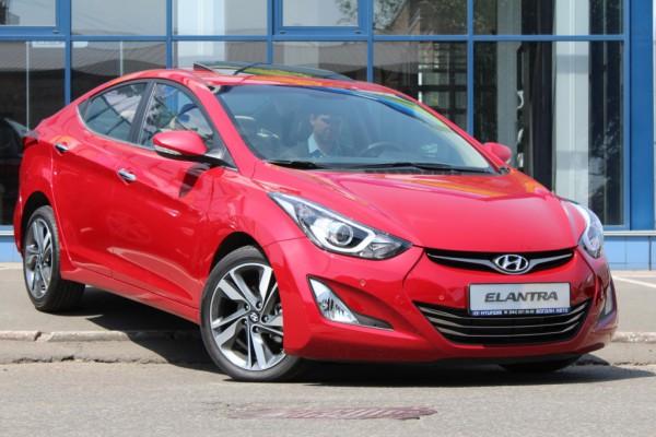 Обновленная Hyundai Elantra стоит около 250 000 гривен