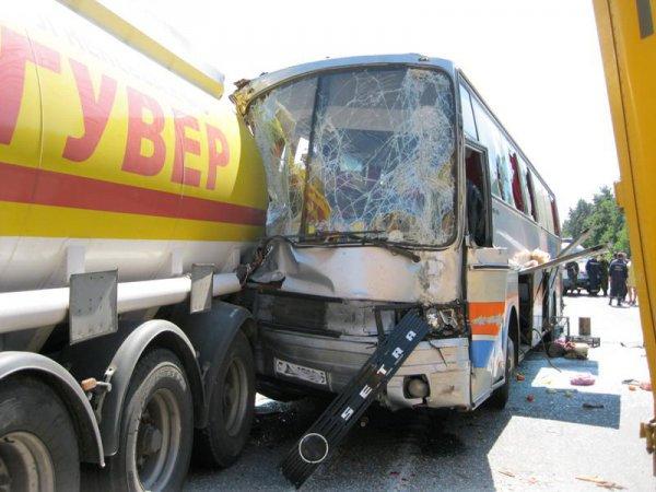 На Одесской трассе разбился автобус с белорусами