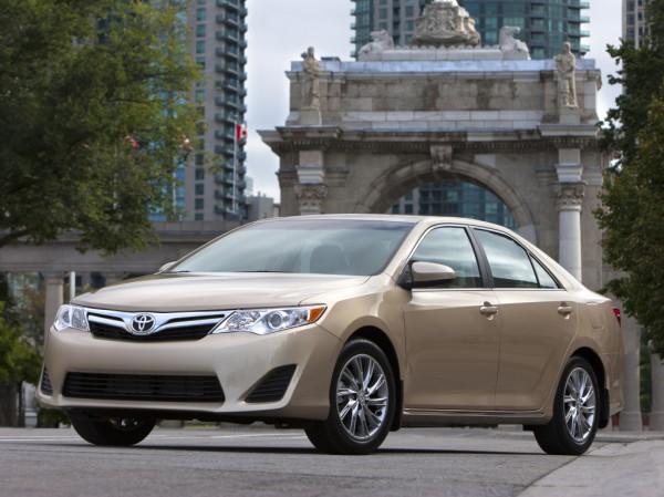 Toyota Camry - одна из самых безопасных машин
