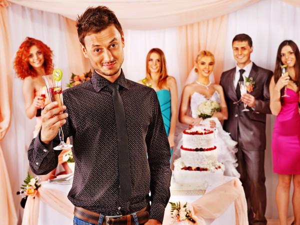 Что делать, если гость на свадьбе напился