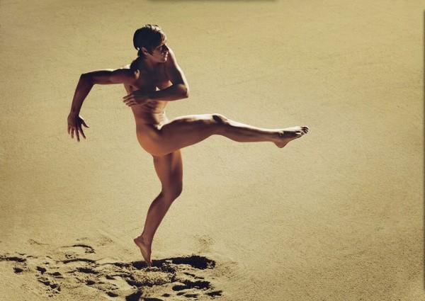 Эбби Уэмбах, 32 года, форвард женской сборной США по футболу. Рост – 1,8 м, вес – 77 кг